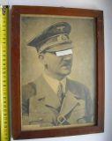 Портрет Адольфа Гитлера.