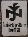 Эмалевая табличка  NS-Frauenschaft.